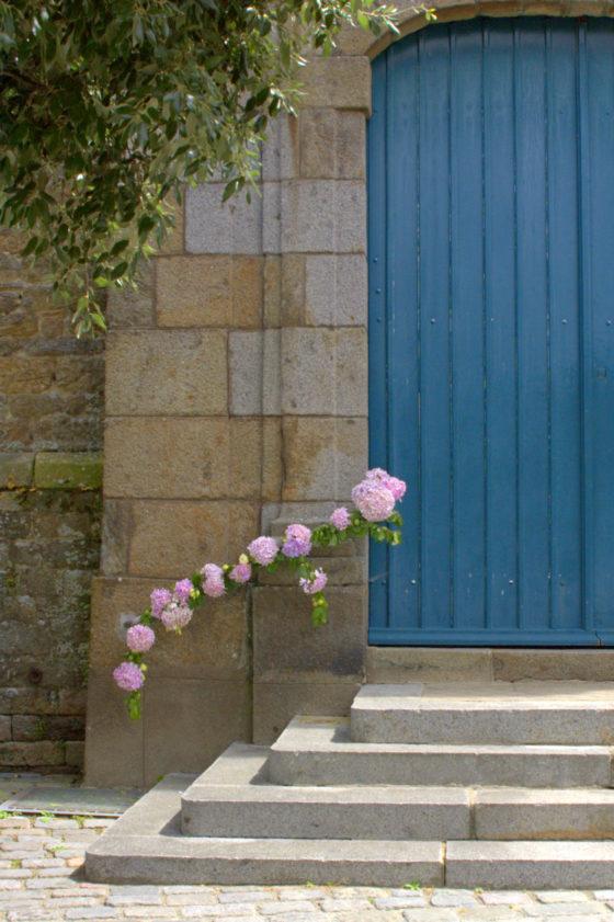 Entrée église mariage - La Saladelle