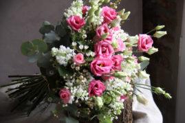 Bouquet lilas blanc et lisianthus rose - La Saladelle - Atelier création florale Perpignan