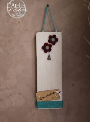 Planchette-décorative-pour-photo-fleurs-en-fleutre-Atelier-dEstelle-pour-LA-SALADELLE-Atelier-créatif-et-décoration-florale-Perpignan-et-Pyrénées-Orientales