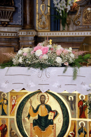 Composition autel - Mariage Estelle & Joris - La Saladelle 2018